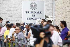 """Processo Yara, la difesa di Bossetti fa la sua arringa: """"Contro di lui una grande tortura"""""""