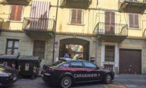 Torino, si barrica in casa dopo lo sfratto minacciando esplosione bombola del gas