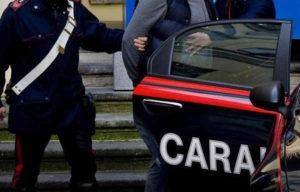 Cuneo, picchia il fidanzato extracomunitario del figlio: arrestati padre e complice