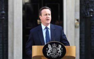 """Brexit, la Gran Bretagna vota """"Leave"""" ed esce dall'Ue: David Cameron si dimette"""
