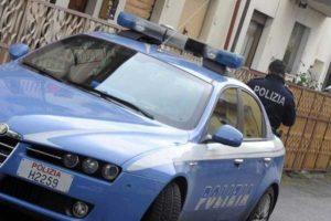 Arezzo, 30enne sequestrata e stuprata a turno da tre nordafricani: ritrovata sotto shock