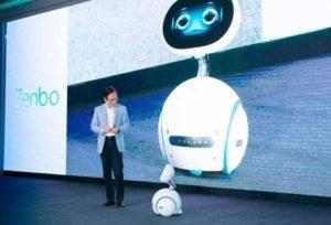 Arriva ZenBo, il piccolo robot intelligente: assistenza e compagnia alla portata di tutti