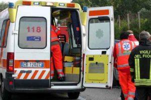Lecce, bruciata viva dal compagno davanti ai figli dopo una lite: rumeno arrestato