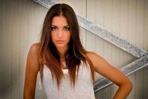 """Uomini e Donne, offese shock per l'ex corteggiatrice Megghi Galo: """"Minacciata di morte"""""""