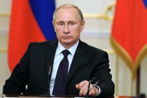 Russia, Vladimir Putin sparisce per sette giorni: torna e firma la discussa legge Yarova