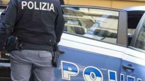 Firenze, maltrattavano, umiliavano e picchiavano un prete invalido: sette arresti