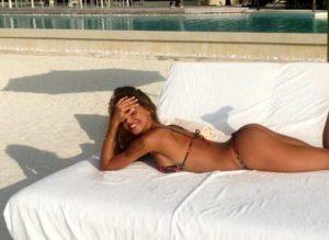 """Belen Rodriguez: """"Vorrei ma non posto"""". La foto su Instagram fa impazzire Fedez"""