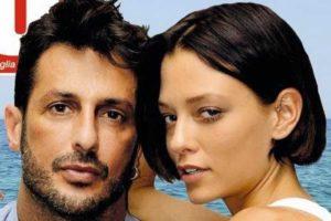 Fabrizio Corona, costate caro le foto piccanti con la fidanzata: il giudice lo punisce