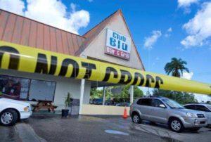 Florida, sparatoria nel parcheggio di una discoteca: 2 morti, 17 feriti. Tutti adolescenti