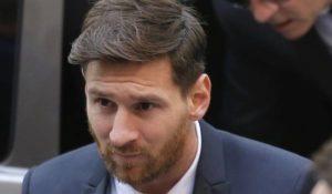 Barcellona, Messi condannato insieme al padre: 21 mesi per frode fiscale
