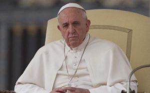 """Strage Nizza, la condanna del Papa: """"Follia omicida, un attacco alla pace"""""""