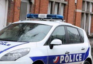 Francia, 37enne pugnala donne in villaggio vacanze: grave una bambina