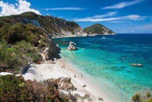 Google Summer Trend Italia: Isola d'Elba, sandali e dieta le ricerche più digitate