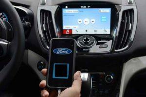 Ford, entro il 2021 macchine autonome: confermato dal presidente Mark Fields