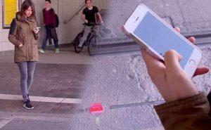 Australia, semafori a terra per i pedoni distratti schiavi del proprio smartphone
