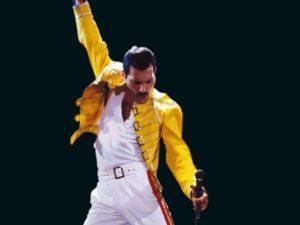 Queen, il ricordo di Freddie Mercury: la stella del rock avrebbe compiuto 70 anni