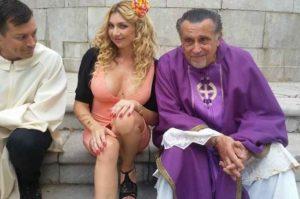 Lisa Torrisi, intervista esclusiva dal set del film 'Felicissime condoglianze'