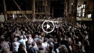 """1500 coristi cantano """"Hallelujah"""": ecco l'emozionante performance"""