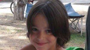 Il figlio muore a 10 anni, lui gli scrive una lettera al giorno e la pubblica sul blog