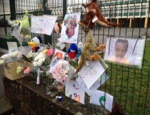 Francia, punizione shock per bimbo di 8 anni: genitori lo annegano nella vasca da bagno