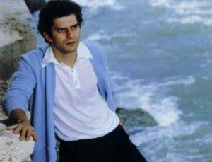 """Sanremo, 50 anni fa il giallo Luigi Tenco. Criminologo: """"Ho le prove, ucciso per interessi privati"""""""