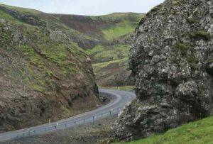 Incidente in Islanda, muore il turista italiano 20enne investito mentre era alla guida della sua bici