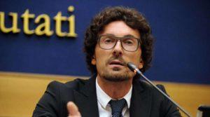"""Legge elettorale, Toninelli (M5S): """"La legislatura è finita, per noi si può votare anche a settembre"""""""