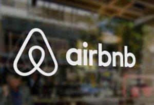 A Rimini la tassa di soggiorno per affitti brevi sarà gestita direttamente da Airbnb