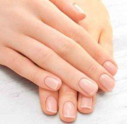 Onicodistrofia e onicomicosi: distinguere le principali patologie che possono colpire le unghie