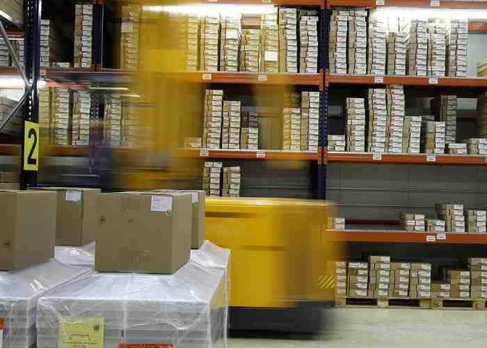 """Lega e M5s contro i negozi online, parola d'ordine """"tracciabilità"""""""