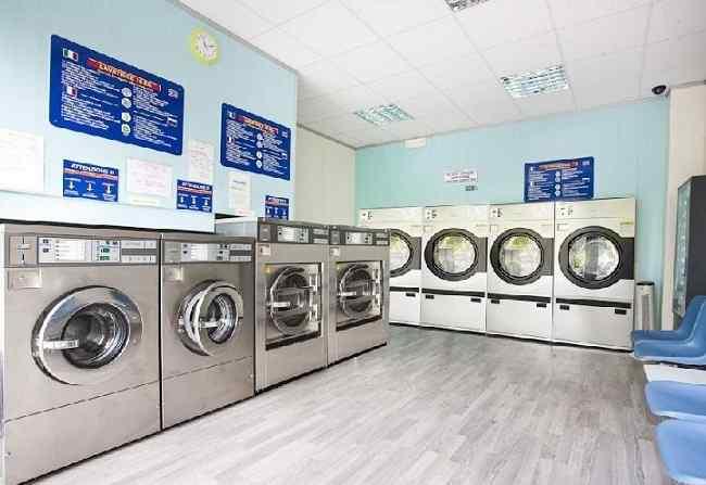 Quali qualifiche e quali requisiti professionali servono per aprire una lavanderia self-service?